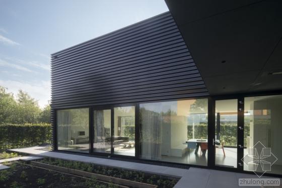 荷兰私人住宅外部实景图-荷兰私人住宅第4张图片