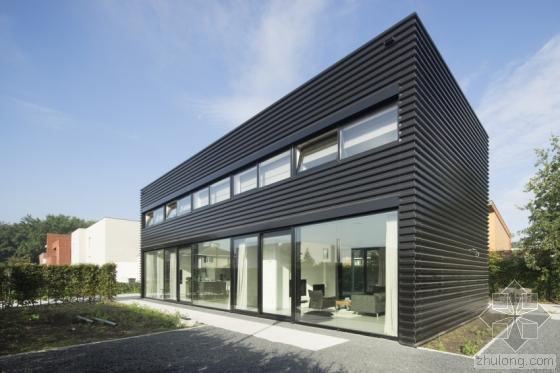 荷兰私人住宅外部实景图-荷兰私人住宅第2张图片