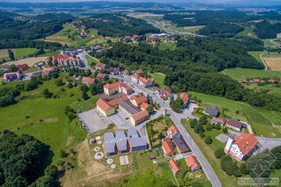 斯洛文尼亚Cerkvenjak幼儿园外部-斯洛文尼亚Cerkvenjak幼儿园第2张图片