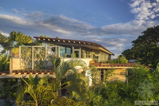 夏威夷火奴鲁鲁岛上住宅外部实景-夏威夷火奴鲁鲁岛上住宅第2张图片