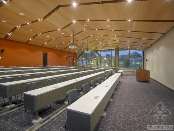 克拉夫顿希尔斯学院学习资源中心-克拉夫顿希尔斯学院学习资源中心第8张图片