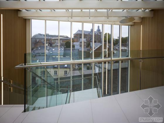 比利时布卢政厅内部实景图-比利时布卢政厅第12张图片