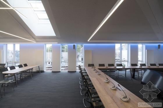 比利时布卢政厅内部实景图-比利时布卢政厅第11张图片