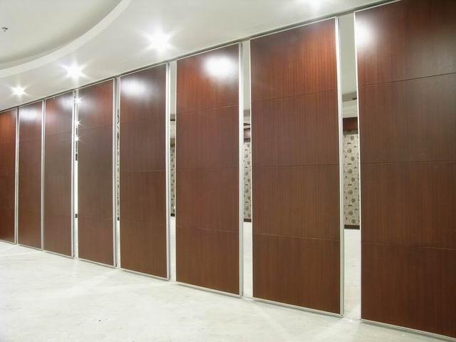 活动隔断;活动屏风;高隔间;折叠门窗;办公成品隔断;玻璃隔断;厂房隔断