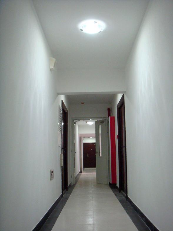 住建部七号楼地下车库及楼道太阳能光伏照明项目;